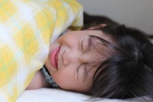 子供が風邪で寝込む