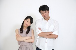 困る顔の夫婦