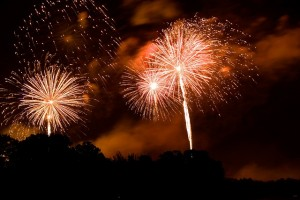 fireworks-238108_640